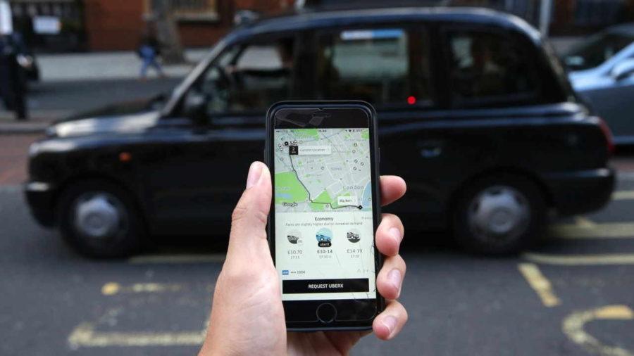 Solicitando Uber pelo aplicativo
